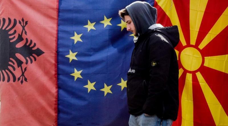 Adesão a duas velocidades nos Balcãs é uma opção