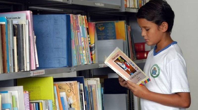 Taxação de livros vai prejudicar o MEC, que é o maior comprador no país