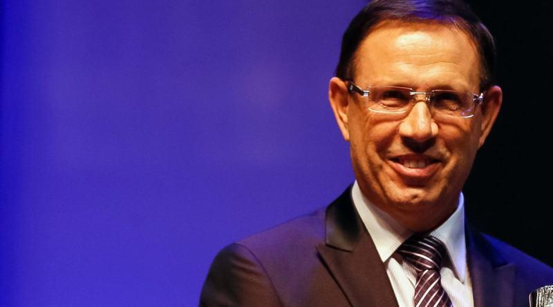 Barroso autoriza condução coercitiva de Carlos Wizard à CPI da Covid   Rede Brasil Atual