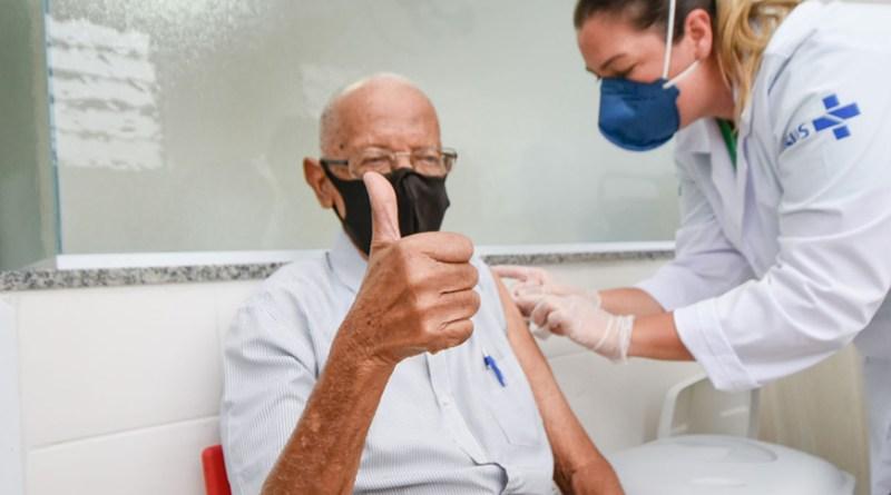 Vacinação evitou morte de 40 mil idosos no Brasil em quatro meses, aponta estudo da UFPel   Hora do Povo