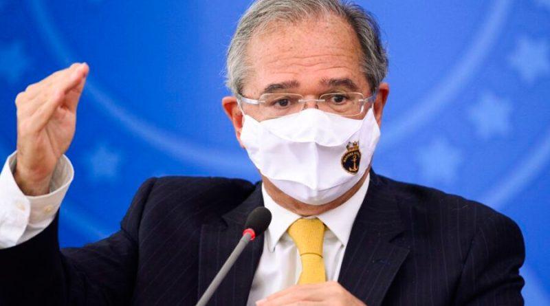 Em meio à crise hídrica, Guedes comemora 'consumo de energia elétrica bombando'