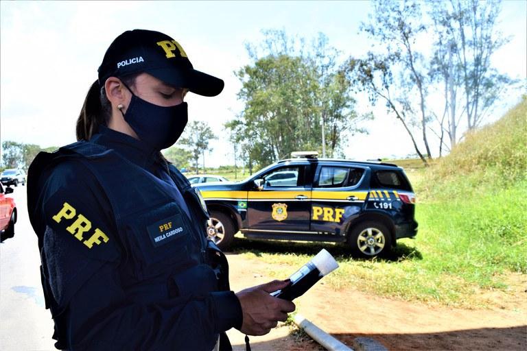 Jovem é preso pela PRF em Bom Jesus por dirigir embriagado na BR 135