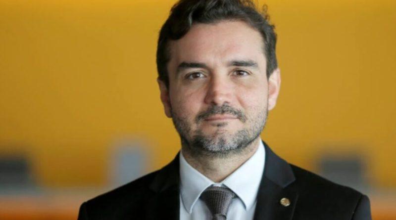 Relator da reforma do IR exclui taxação sobre paraísos fiscais