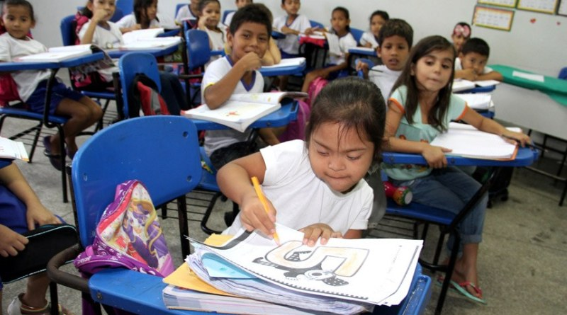 Por que seu filho deve conviver com crianças especiais na escola   ViDA & Ação