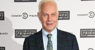 James Michael Tyler, o Gunther de 'Friends', morre aos 59 anos – Jovem Pan