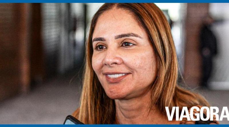 Lucy Soares critica vereadores por abandonar