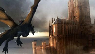 Появились Первые Фото со Съемок «Дом Дракона», Где Показали Членов Дома Таргариенов и Огромный Замок