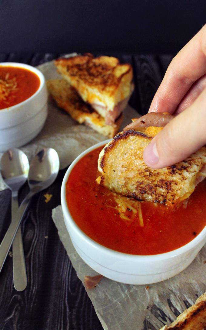 Thick & Creamy Tomato Basil Soup with Prosciutto, Apple ...