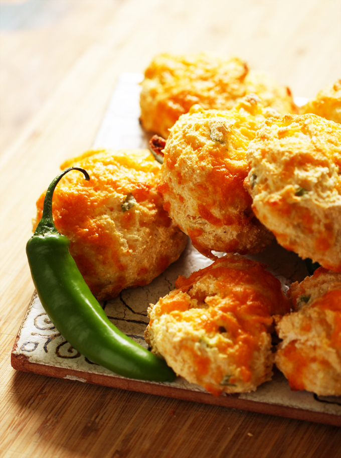 JalapenoCheddarBiscuits1