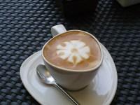 コーヒーを飲むと頭痛がする。