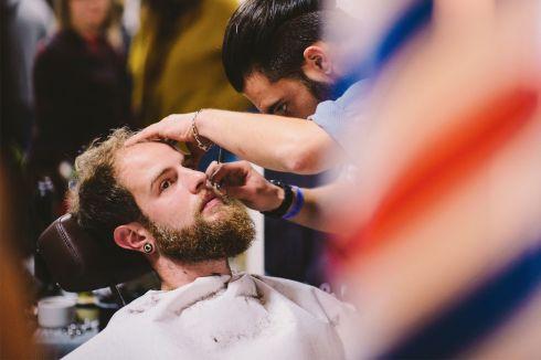 Barbier Anthony Letinois : le Comptoir du Cheveu