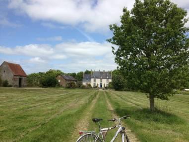 Baguer-Morvan (35) : les roulottes de Launayblot, cadre champêtre