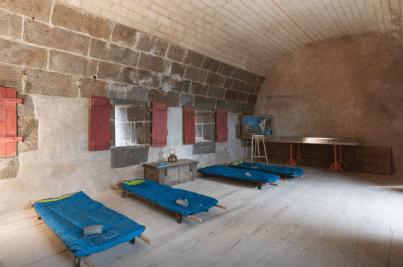 Saint-Malo (35) : le Fort du Petit Bé, bivouac de folie