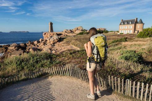 Prendre son baluchon et partir explorer la côte de Granite Rose