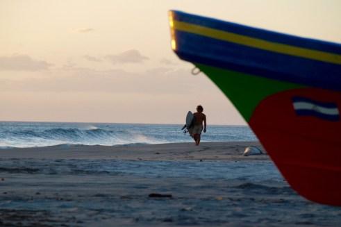 Axel rentre du surf