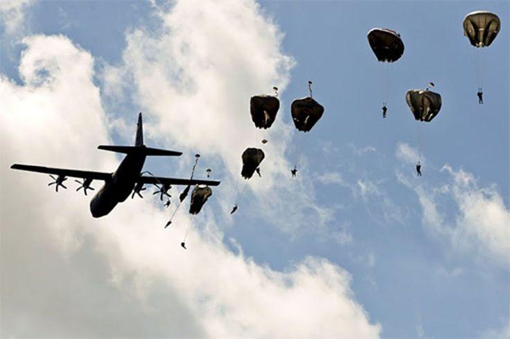 Les parachutistes lors du débarquement en Normandie