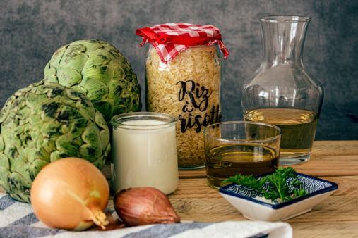 La recette du risotto à l'artichaut se prépare avec seulement quelques ingrédients.