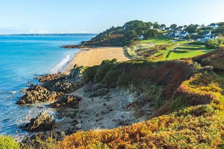 Photo d'une plage à Locquirec en Bretagne