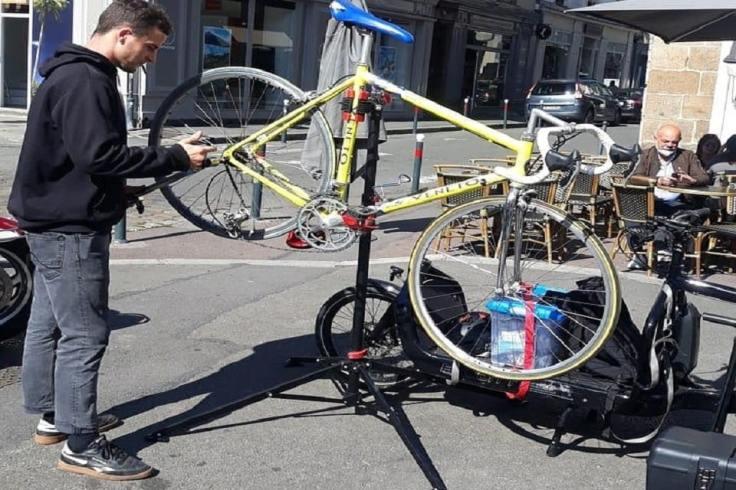 Réparateur ambulant de vélos à Rennes
