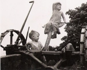 Future Farmers, 1945