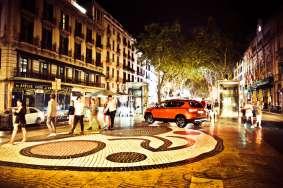 Set-Barcellona_LRPix3-SEAT-ATECA-Rambla 02