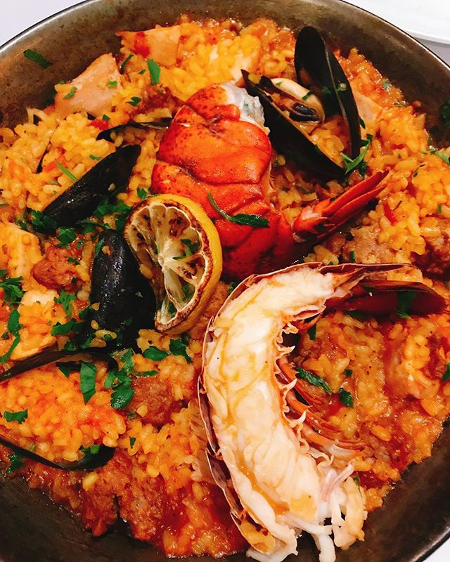 #lobster #paella @glowbal_group..#dinner #seafood #mediterraneanfood #vancouver #GRGme - from Instagram