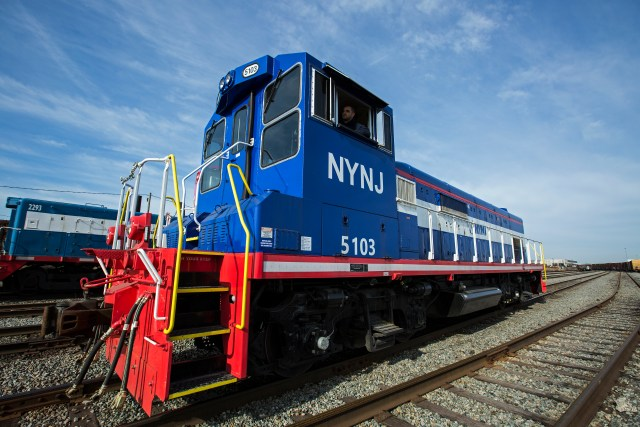 one-of-the-three-new-locomotives-purchased-by-the-port-authority-in-greenville-yard-jersey-city