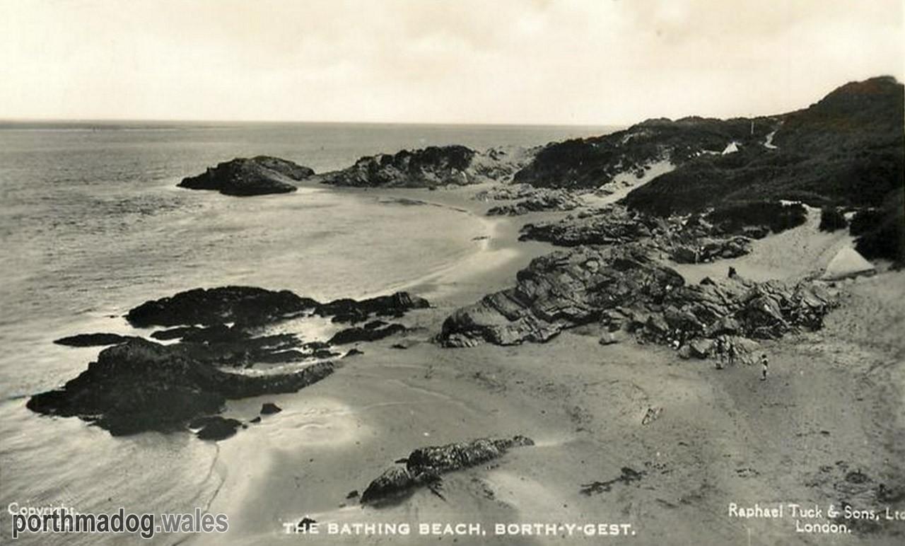 Borth-y-Gest Beach