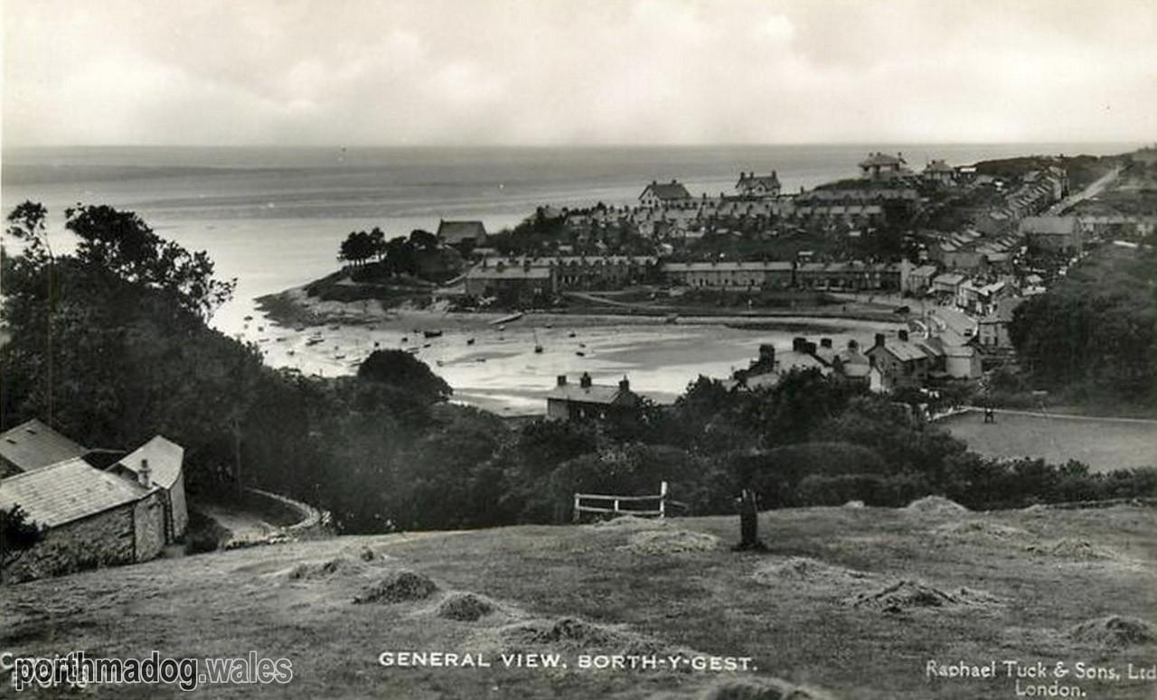 Borth y Gest General View