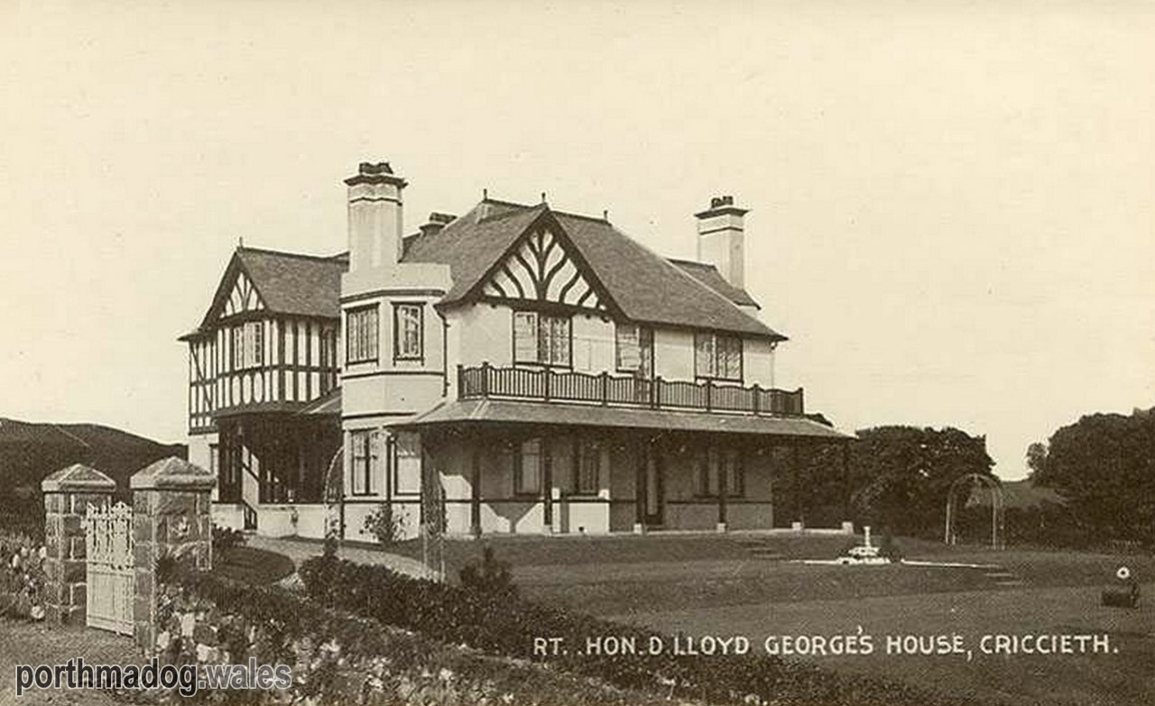 Postcard of Bryn Awelon, Criccieth (Home of David Lloyd George)