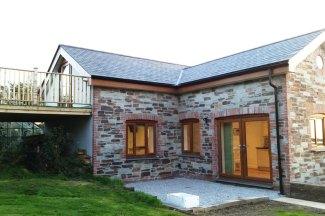 Ivy-Chimney-Cottage-1
