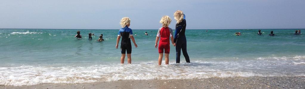 3-little-blonde-kids