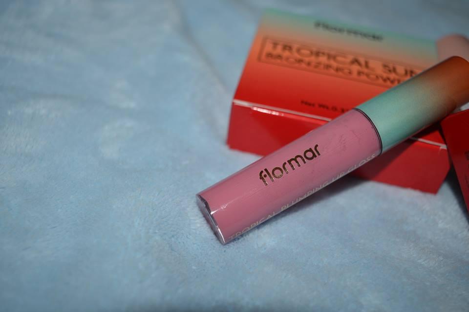 Tropical Plumping Lip Gloss