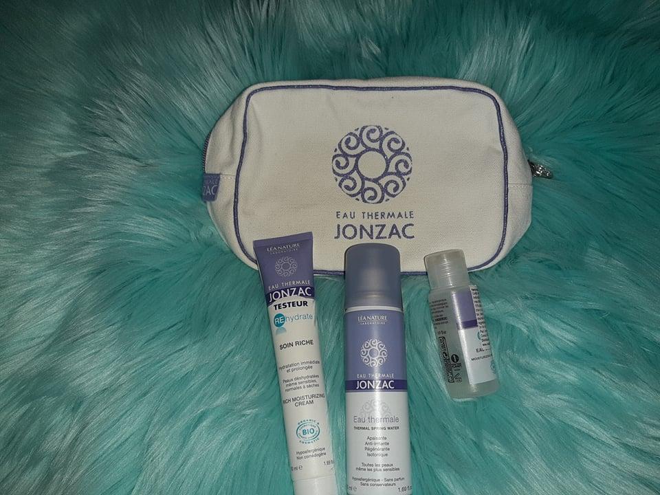 Am testat dermatocosmeticele cu apă termală Jonzac