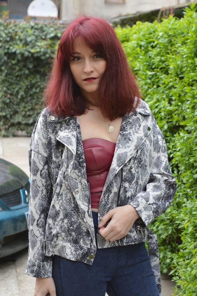 geacă și corset Femme Luxe