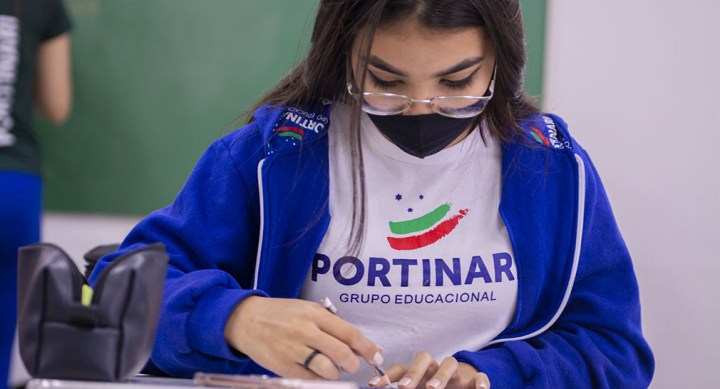 Novo Ensino Médio: Moradia, espaços, formas e impactos sociais