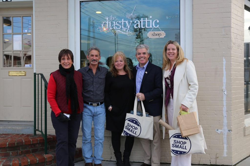 Small Business Saturday in Port Jefferson Village