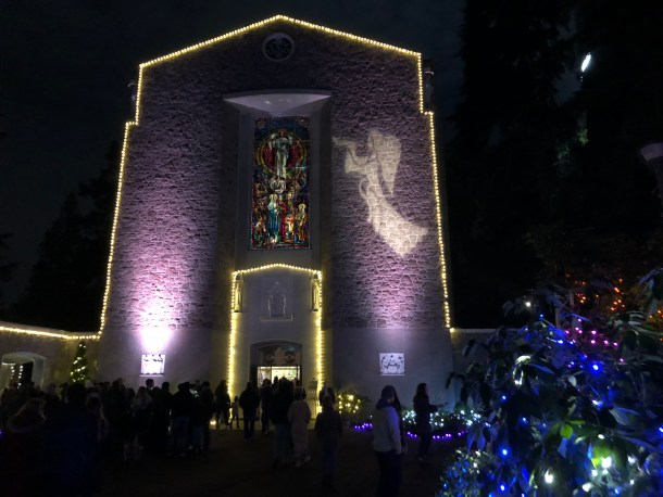 The Grotto holiday light displays