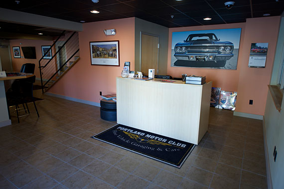 Lobby Portland Motor Club is run by automobile professionals who are here to give you and your vehicles the best possible service.