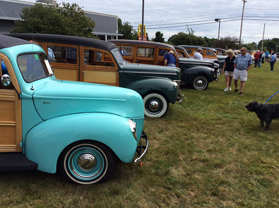 Woodies in the Cove 2015
