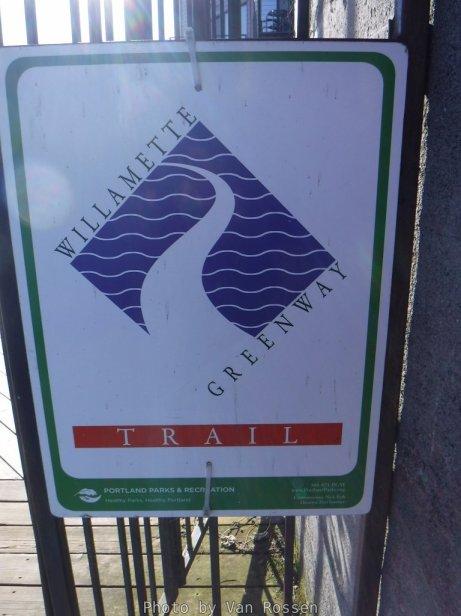 GreenwayTrail_DSCF0471