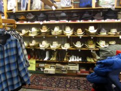 OutdoorStore_IMG_3906