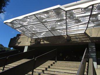 Entrance to PSU SRTC Building