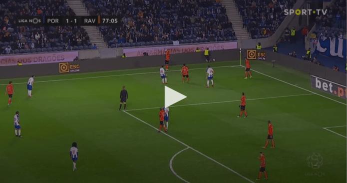 FC Porto vê golo anulado por 3 cm [Liga Nos]