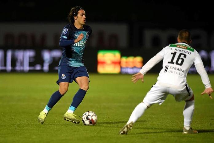Tomás Esteves integrado na pré-época do FC Porto
