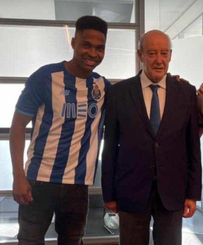 OFICAL: Wendell reforça o FC Porto até 2025