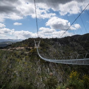 Le Portugal inaugure le pont le plus long du monde