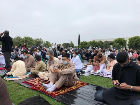 In accordance with Muslim tradition and to avoid distraction, most prayers including Eid Namaz are practiced so that the men and women are divided into separate sections. Prayer rugs are also often used to ensure that the prayer space is clean, if it is not in a mosque, and the patterns on these rugs usually depict religious themes to better connect with God (Allah).