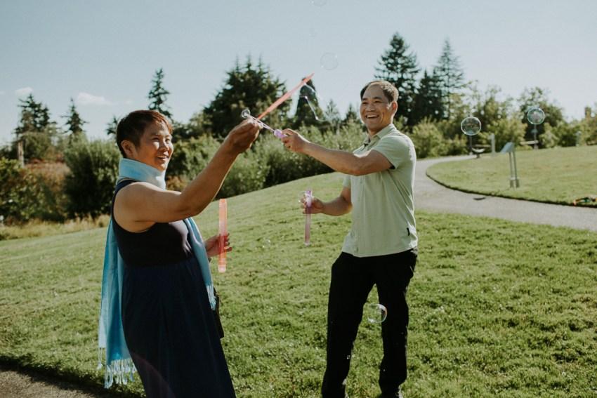 seattle wedding photographer luther burbank park wedding