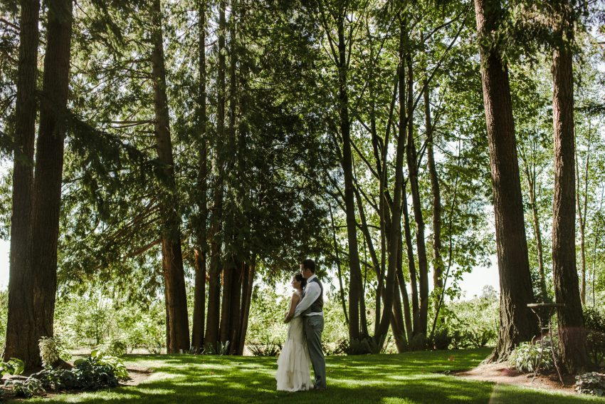 pnw seattle wedding photographer evergreen gardens wedding ferndale